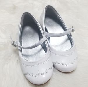 Pampili | White Girls Shoes with Buckle Size 10